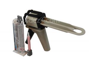 3M 8805 colle acrylique présentée avec pistolet EPX et une buse adaptée